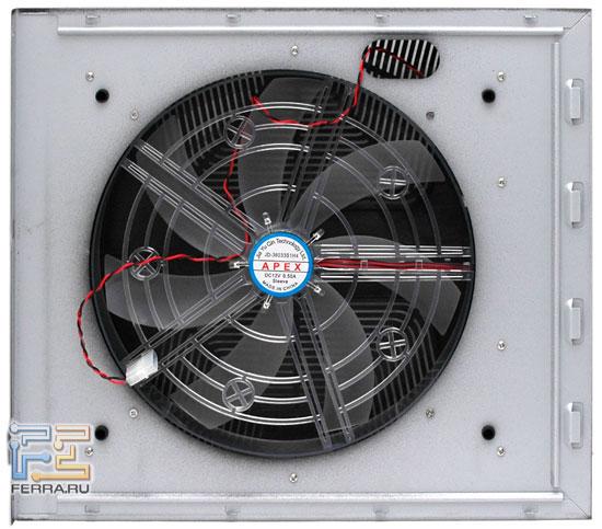 XClio Propeller: боковая стенка с вентилятором изнутри