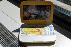 Раскрытый HP Mini 100e Education Edition
