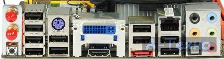 Zotac H55-ITX WiFi вид задней панели подключения