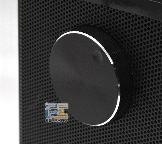 Enermax CS718: регулятор скорости вращения вентиляторов